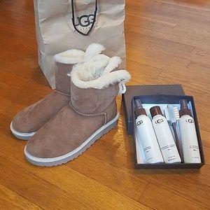 UGG Celine low boots